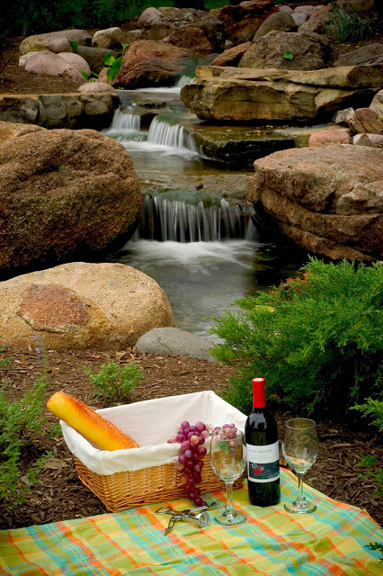 Even a casual picnic gets elevated to a divine experience when fine wine and fresh-baked bread are savored alongside the waterfalls.