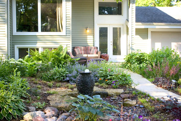 Landscape Ideas: Small Space Water Features - Aquascape, Inc.