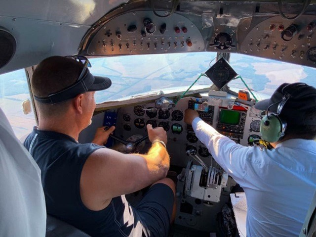 Greg Flying
